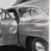 Maria Aichinger im Skoda 1960